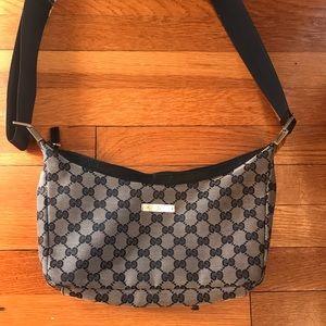 100% Authentic crossbody Gucci purse